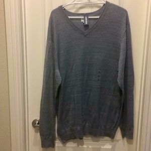 NWT Old Navy V-Neck Sweater